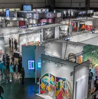 LA ART SHOW – 2019