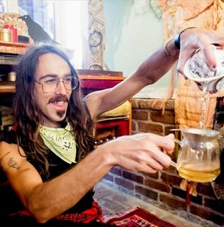Alexander Friend – The Art of Tea